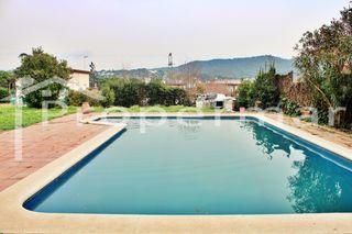 solar con piscina