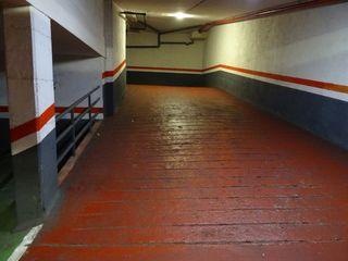 Acceso y salida del parking