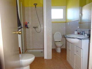 Bany complet amb plat de dutxa