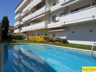 Appartement in Ave maria, 15. Apartament amb piscin al centre