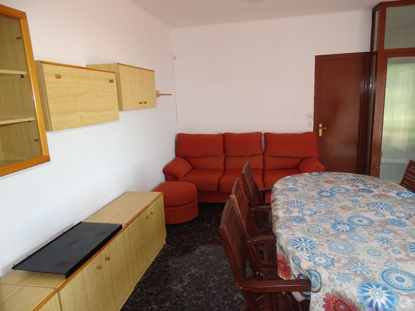 Appartement  Carrer lloret. Piso totalmente reformado 3 hab.