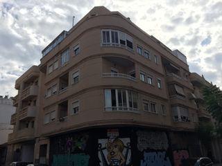 Apartament en Calle san pascual, 54. Piso en esquina