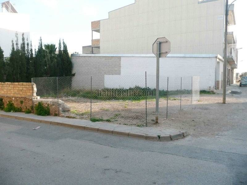 Urban plot in Carrer mestre hierro, 21. Muy centrico