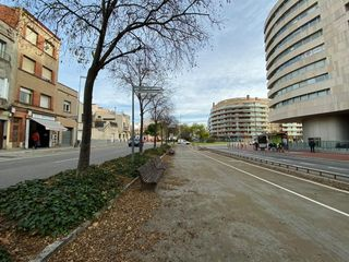 Local commercial  22juliol - zona renfe. Paseo 22 julio junto renfe