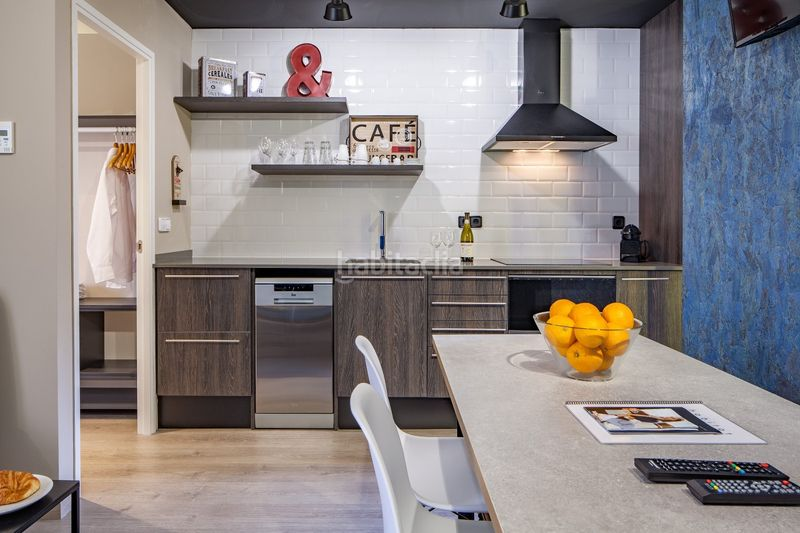 Cocina tipo office. Holiday lettings apartment in carrer industria in Barcelona