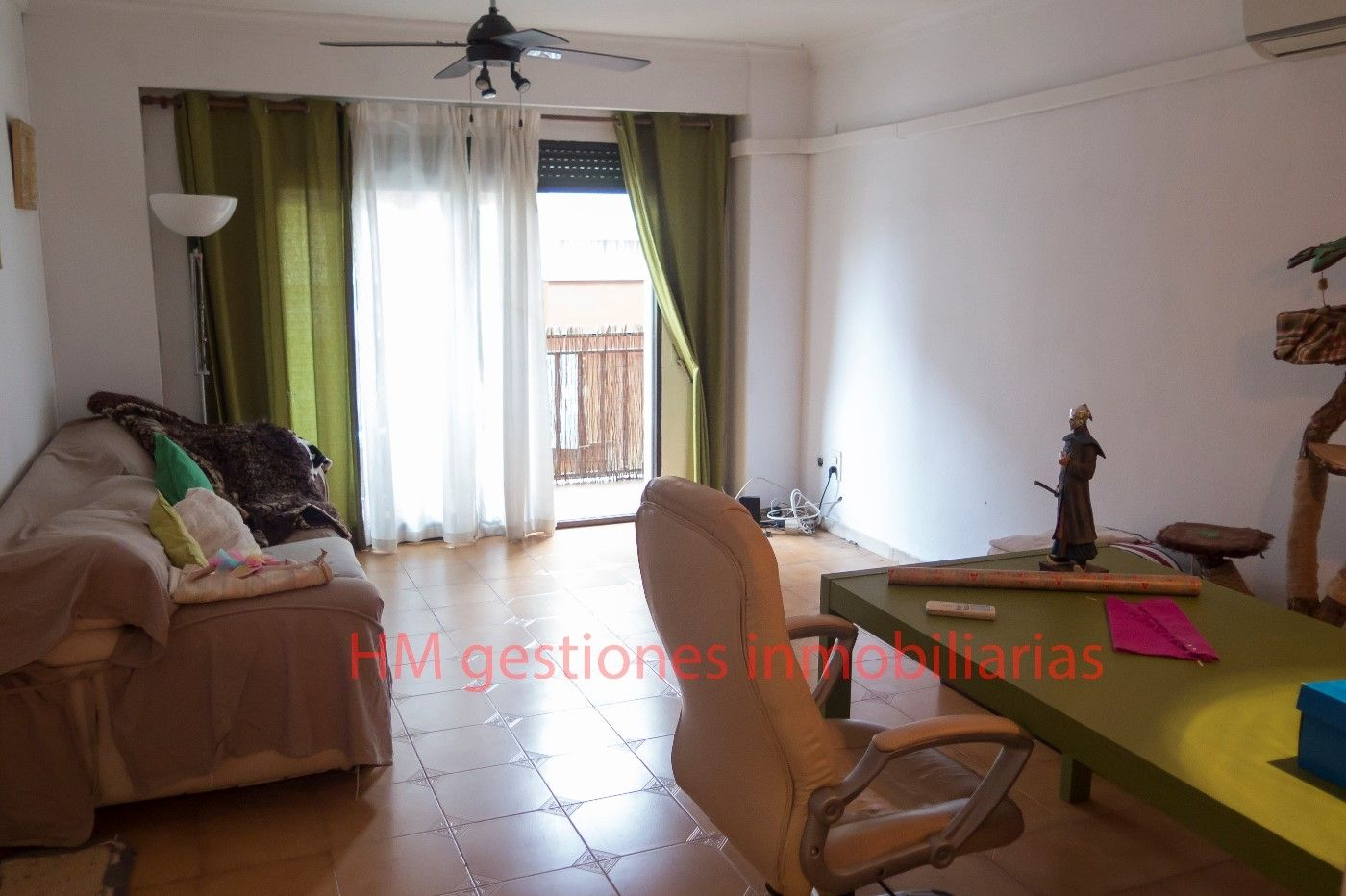 Flat in Calle Germanies, 35