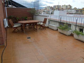 Duplex  Carrer vila de lloret. Ático dúplex con gran terraza