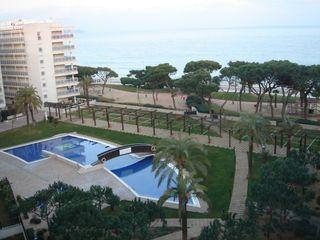 Flat  Enric morera. Sabanell park.  piso con piscina