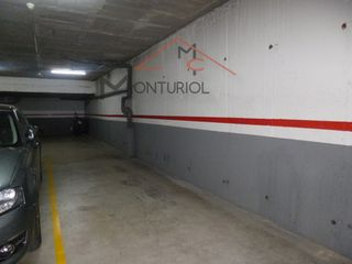 Autoparkplatz in Carrer alcalde aris, 120. Plaza de parking doble