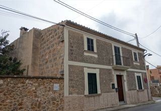 House in Carrer de n'Olesa