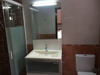 Rent Semi detached house  Serra san ferm. Planta baixa+terrassa+boxe tncat