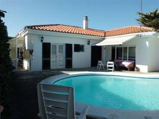 House in Carrer capdepera, 34. Con piscina y barbacoa