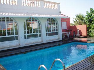 Chalet en Garela, s/n. Amueblado y con piscina