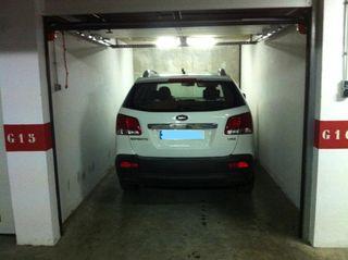 Parking coche  Zona centro. A 200 metros contramurada