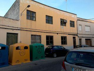Local industrial  Zona plaza jaume ii. Edificio ideal para inversión