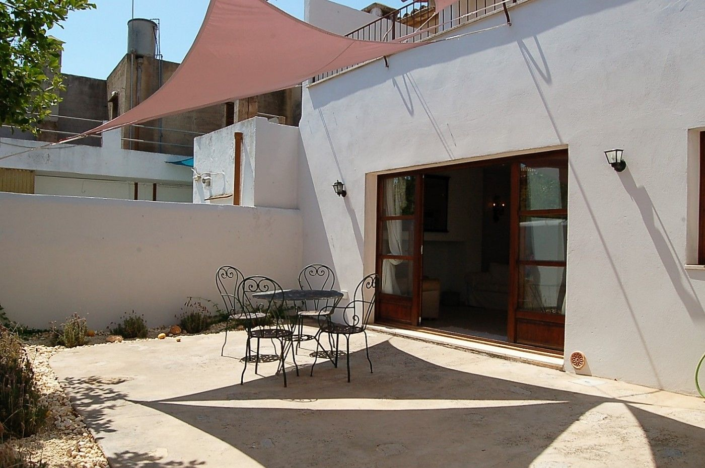 Semi detached house  Binissalem. Casa con encanto y jardin