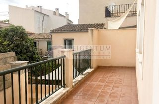 Appartement à Carrer call, del, 64. Piso en porreres