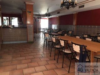 Business premise in Puig. Local 250 m² en puig, valencia