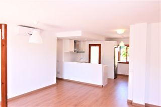 Apartment in Carrer teixedores, les, 1. Totalmente reformado en esporles
