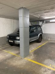 Parking coche en Carrer Tanger, 46