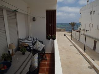 Apartamento  Carrer cartagena. Con vista mar y playa
