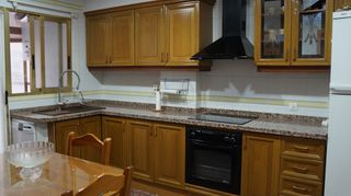 Rent Flat  Maria cristina. Con patio