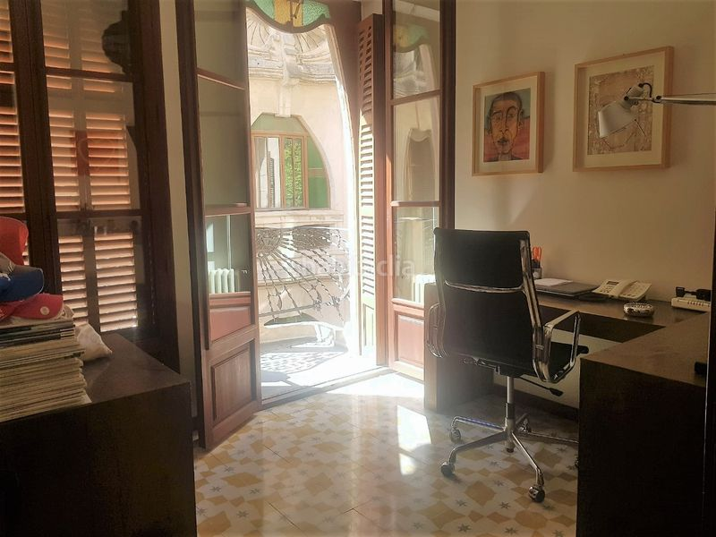 DESPACHO. Rent flat with heating in Cort Palma de Mallorca