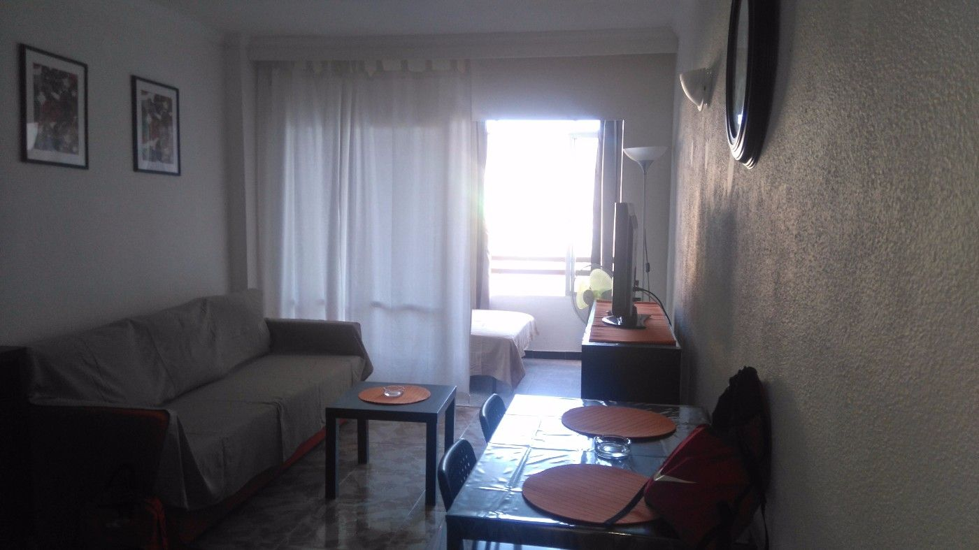 Rent Studio in Carrer miguel machado, 3. Bonito estudio todo reformado.
