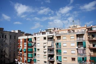 Appartement  Carrer ave maria. Zona tranquila.