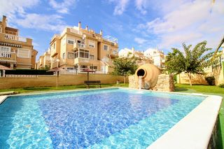 Appartement in Calle perseo -urb torreblanca, 8. Hermosa piscina!