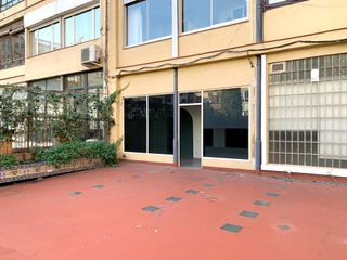 Office space in Carrer Enric Granados, 34