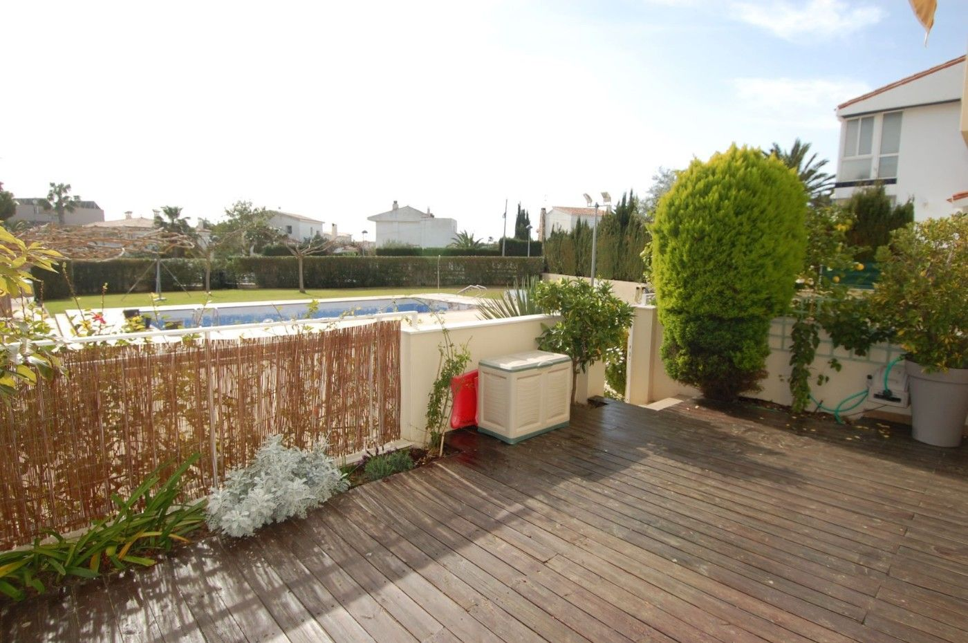 Apartment in Carrer pins (dels), 3. Piso con piscina  100m a playa
