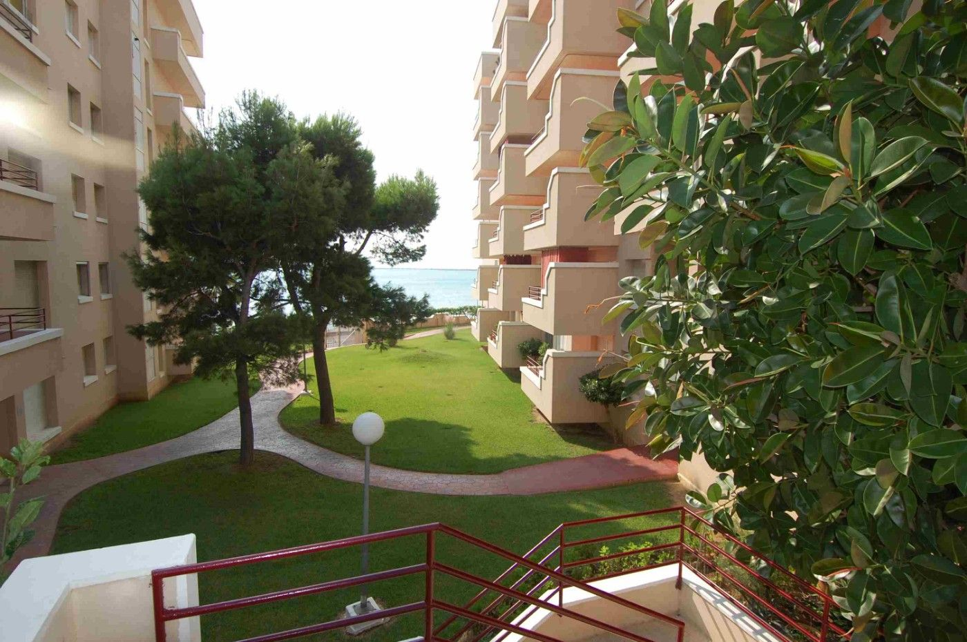 Apartment in Carrer ronda del mar, 54. Piso con vista 30m a la playa