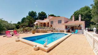 Chalet  A 6 km de la playa. Villa con vistas magnificas