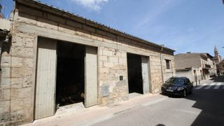 Parking voiture à Manacor Centre. Se vende garaje-almacén en manacor