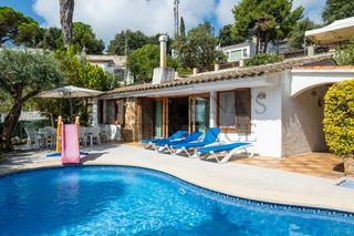 Casa en Santa Maria de Llorell. Acogedora y aislada con piscina