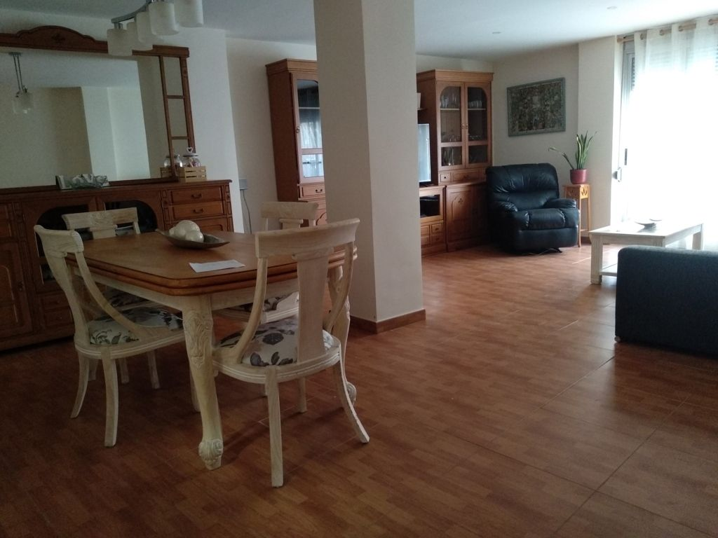 Appartement in Calle 25 d´abril, 64. Apartamento san antonio