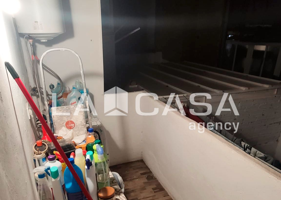 Apartment in Carrer Mina, 2