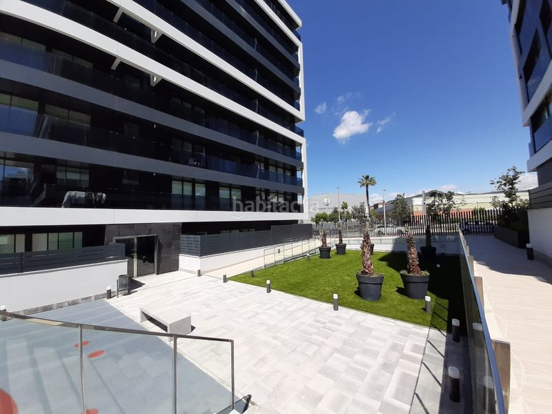Residential building of new building in   Sant Just Desvern Els Miralls - Disponibilidad  inmediata