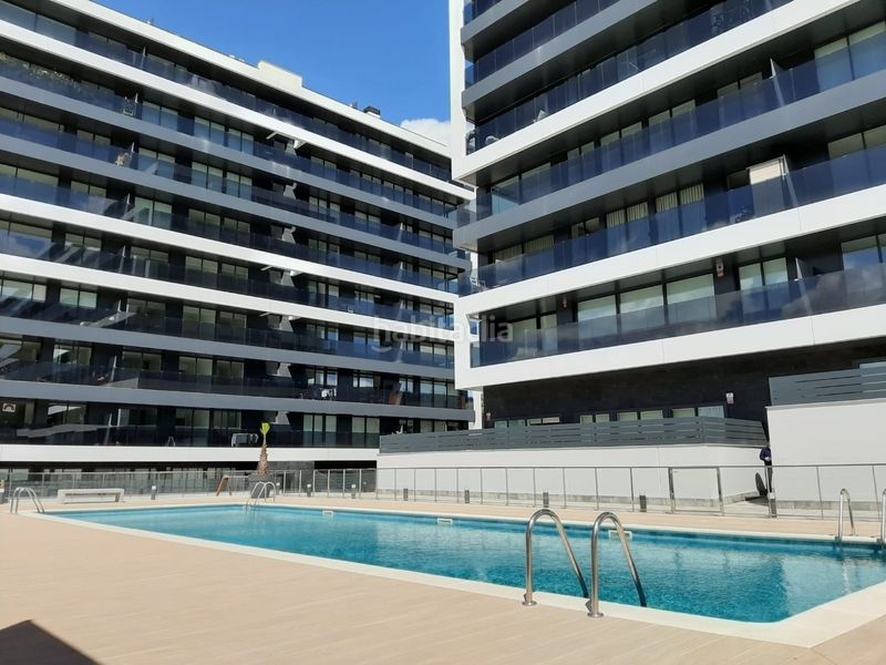Foto 1155-img3584823-66238635. Penthouse 118m<sup>2</sup> with heating parking pool in Zona Industrial Sant Just Desvern