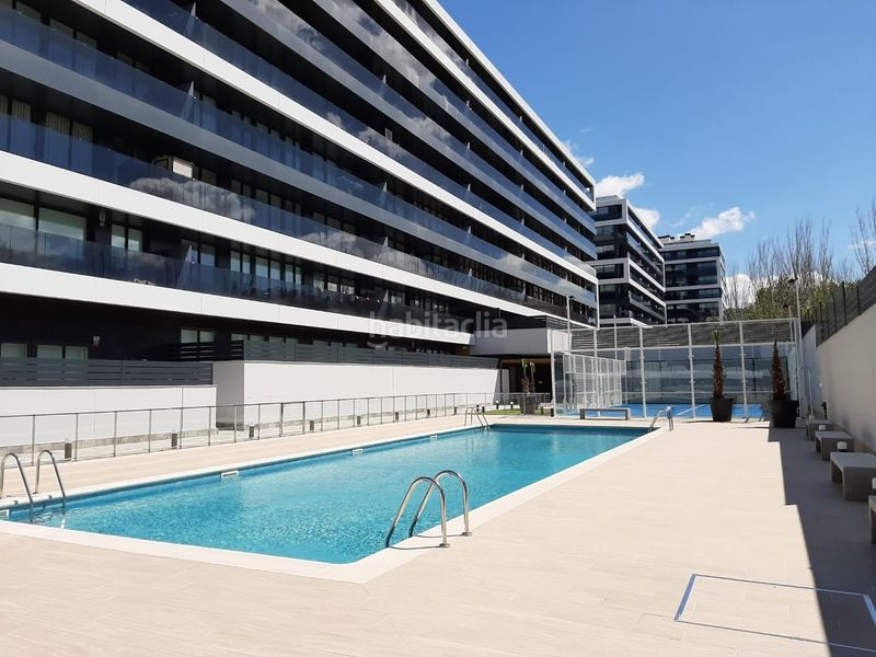 Foto 1155-img3779009-66238177. Penthouse 118m<sup>2</sup> with heating parking pool in Zona Industrial Sant Just Desvern