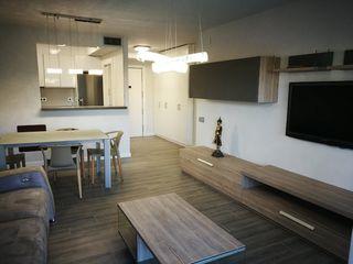 Etagenwohnung in Instituts-Universitat. Piso en venta en edificio talaia. superfície construida 96,79 m2