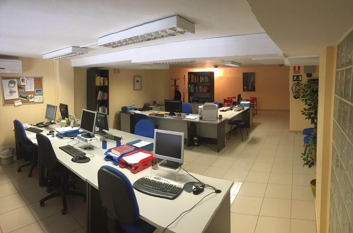 Büro  Zona escorxador. Altillo en venta. superfíce útil de 90 m2. todos los servícios e