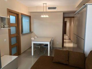 Piccolo appartamento en Paseo maritim, 5. Alquiler vivienda  con estilo.