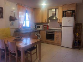 Piccolo appartamento  Calle del vi de carlon. Apartamento con piscina
