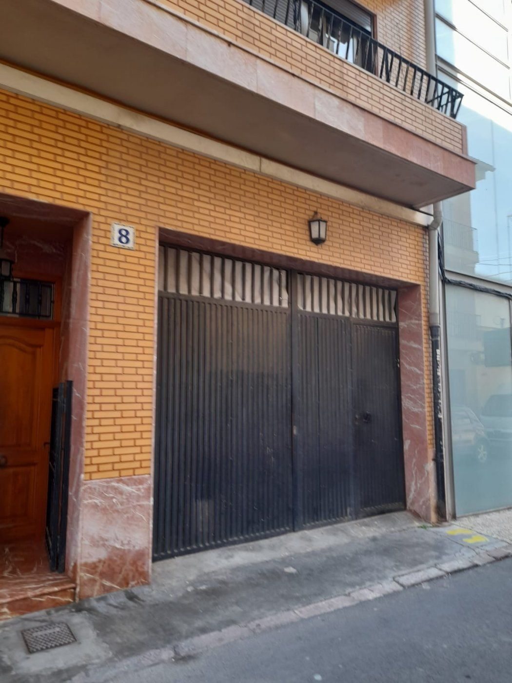 Business premise in Meliana. Estupendo local en la calle mas centrica de meliana