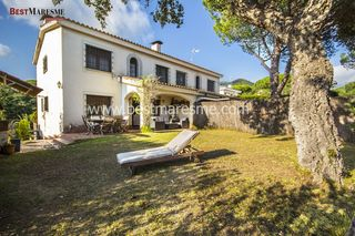Chalet in Carrer moreres, 3. Ideal dos familias! cabrils