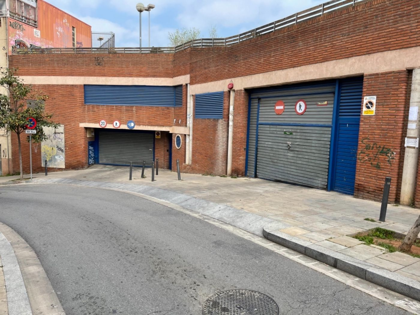 Posto auto  Carrer sant jordi. Ultimas 4 plazas de parking
