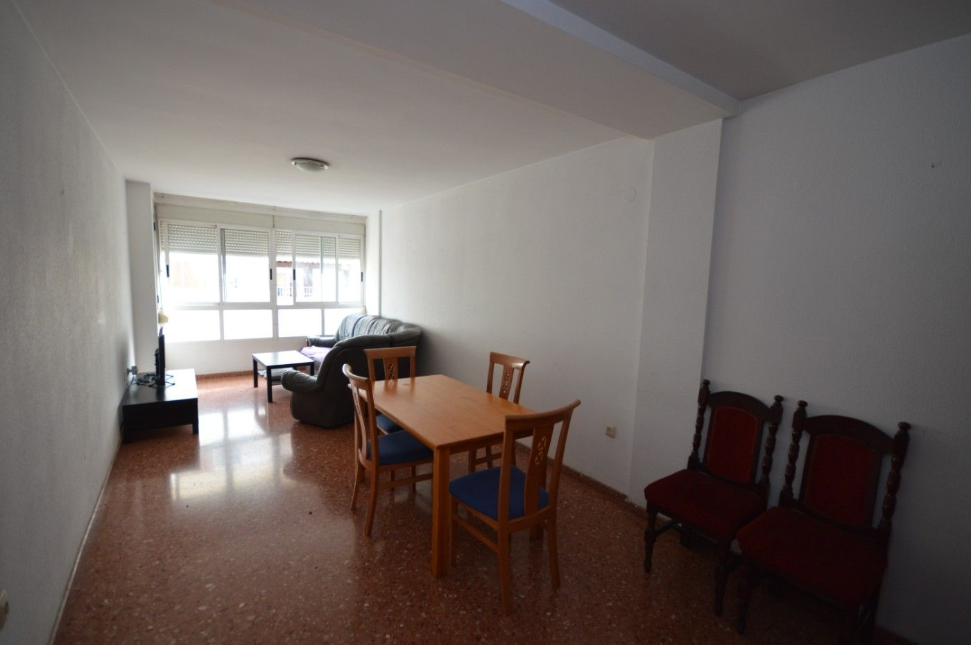 Rent Flat in Xàtiva. Piso zona academico