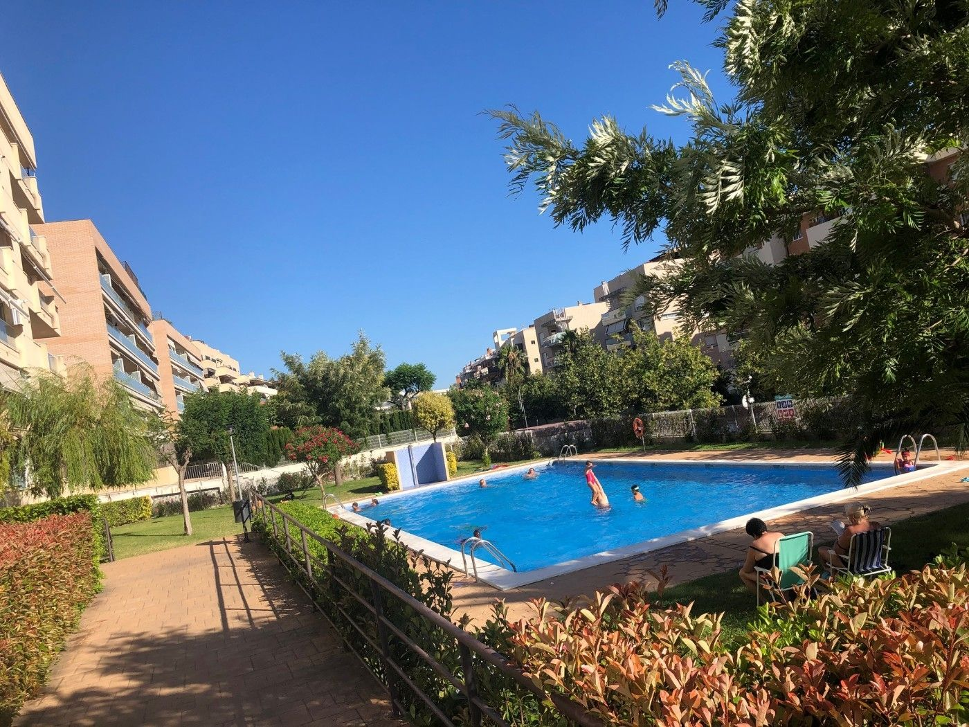 Location Appartement à Carrer barcelona (de), 98. ¡precioso piso con piscina!